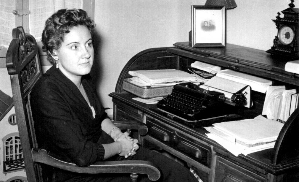Nº 3 – LUISA ALBERCA LORENTE, maestra de los seriales radiofónicos