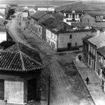 Calle doctor Bonardell- Avd. Herencia. Esquina del actual mercado.
